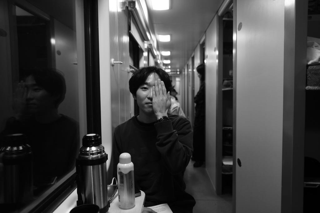 2019-04-15 17-03-로비_윤우석_4_resize